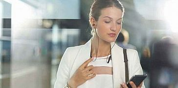 أضرار تقنية البلوتوث على صحة الإنسان … سماعات البلوتوث وغيرها !!