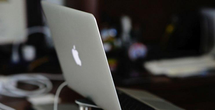أبل تطلق تحديث جديد لمعالجات ماك بوك برو و الماك بوك آير